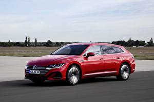 Fotos Volkswagen Rot Metallisch Fährt Kombi Arteon, R-Line, Shooting Brake Autos