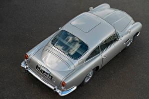 Sfondi desktop Aston Martin Vista dall'alto Grigia Metallico DB5 Goldfinger Continuation, 2020 autovettura