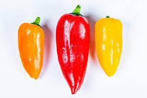 Hintergrundbilder Paprika Großansicht Weißer hintergrund Drei 3 das Essen