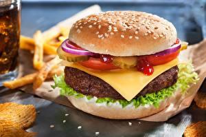 Photo Hamburger Cheese Meatballs Fast food Closeup