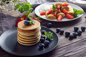 Pictures Hotcake Blueberries Strawberry Plate Food