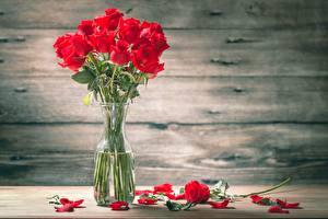 Images Rose Bouquets Table Petals Vase
