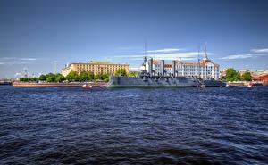 Bilder Russland Sankt Petersburg Gebäude Fluss Seebrücke Schiff Cruiser Aurora on the Bolshaya Nevka River Städte