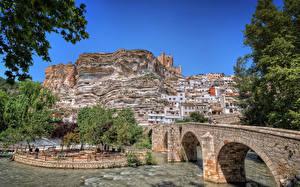 Hintergrundbilder Spanien Gebäude Fluss Brücke Felsen Castilla-La Mancha Städte