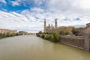 Fotos Spanien Fluss Brücken Kirche Kathedrale Zaragoza, river Ebro, Cathedral-Basilica of Our Lady of the Pillar Städte