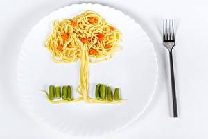 Hintergrundbilder Gemüse Teller Essgabel Makkaroni Design Bäume das Essen