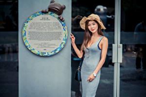 Bilder Asiatisches Kleid Der Hut Starren Mädchens