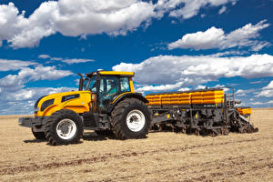 Bilder Felder Traktoren Wolke Valtra BH