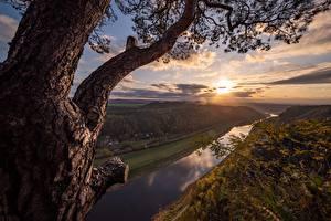 Bilder Deutschland Fluss Sonnenaufgänge und Sonnenuntergänge Bäume Elba River Natur