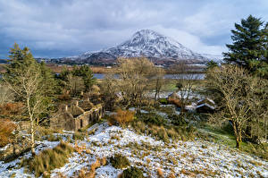 Photo Ireland Mountain Ruins Trees Snow Made of stone Dunlewey Lough, Donegal Nature