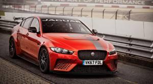 Bilder Jaguar Rot Limousine Metallisch XE SV Project 8, 2017 auto