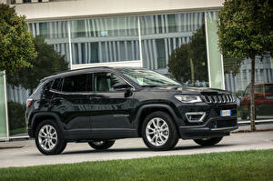 Fotos Jeep Schwarz Metallisch Seitlich Crossover Compass Limited 4xe, EU-spec, 2020 Autos