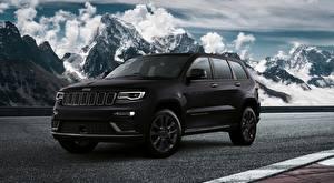 Fotos Jeep Gebirge Sport Utility Vehicle Schwarz Metallisch Grand Cherokee S EU-spec, 2018 Autos