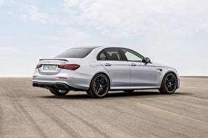 Bilder Mercedes-Benz Graue Metallisch Seitlich E 63 S 4MATIC Worldwide, W213, 2020 Autos