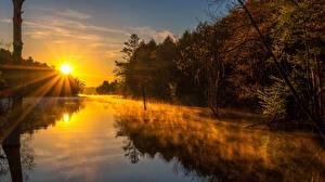 Bilder Morgen Sonnenaufgänge und Sonnenuntergänge Flusse Nebel Lichtstrahl Sonne Natur