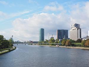Photo Rivers Bridges Germany Frankfurt Houses Main river Cities