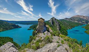Desktop hintergrundbilder Spanien Flusse Steine Hügel Felsen Montsec Range Natur