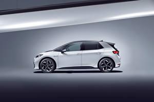 Bureaubladachtergronden Volkswagen Wit Metallic Zijaanzicht ID.3 1ST Worldwide, 2020 Auto