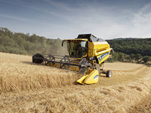 Pictures Agricultural machinery Fields Combine harvester 2016-20 New Holland TC5.90 Hillside