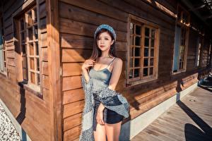 Hintergrundbilder Asiaten Braune Haare Barett Starren Hand Mädchens