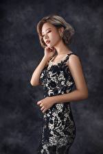 Pictures Asian Pose Gown Girls
