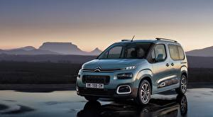 Pictures Citroen Silver color Minivan compact MPV, Berlingo Multispace, 2018 Cars