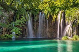 Fotos Kroatien Wald Parks Wasserfall  Natur