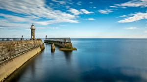 Image England Berth Lighthouses Sea Horizon Whitby, Yorkshire, East Pier Cities
