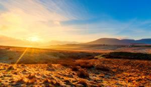 Обои Англия Парки Рассветы и закаты Лучи света Холмы Горизонт Yorkshire Dales national Park, Yorkshire Природа картинки