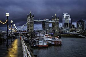 Pictures England Rivers Bridges Riverboat Evening London Waterfront Street lights Thundercloud Cities