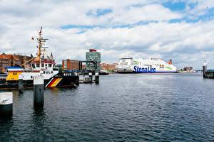 Bilder Deutschland Schiffsanleger Haus Schiffe Kreuzfahrtschiff Bucht Kiel port Städte