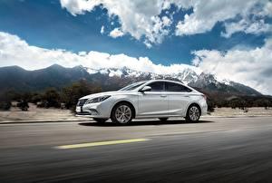 Wallpaper Mountain Roads Changan Driving White Metallic Chinese  Cars