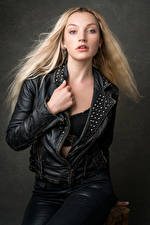 Wallpapers Blonde girl Jacket Glance Leather Olivia Girls pictures images