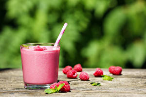 Desktop wallpapers Raspberry Smoothie Blurred background Highball glass Food