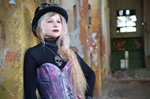 Photo Steampunk Skulls Blonde girl Hat Staring Goths