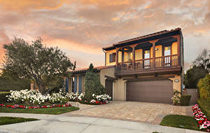 Pictures USA Building Mansion Design Garage Lawn Trees Bush San Juan Capistrano Cities