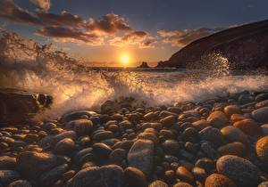 Wallpapers Waves Stone Sea Sunrises and sunsets Water splash Sun