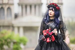 Bilder Asiaten Sträuße Unscharfer Hintergrund Kranz Kleid Chinese, Goth Mädchens