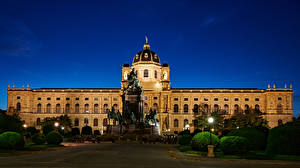 Pictures Austria Vienna Building Monuments Evening Landscape design Street lights Museums Naturhistorisches Museum
