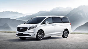 Pictures Buick White Minivan 2020 GL8 ES