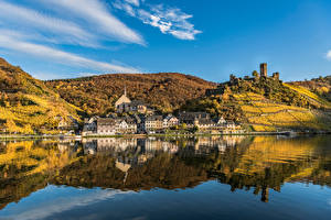Images Germany Autumn Rivers Houses Reflected Hill Beilstein, river Moselle Cities