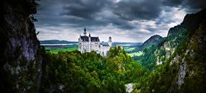 Hintergrundbilder Deutschland Burg Gebirge Schloss Neuschwanstein Alpen Bäume Wolke Natur