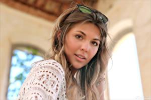 Fotos Starren Haar Brille Bokeh Kaitlin junge Frauen