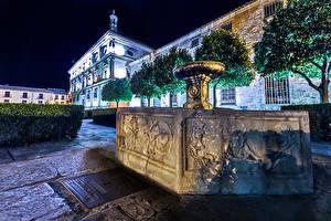 Papel de Parede Desktop Espanha Templo Igreja Chafariz Noite