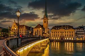 Hintergrundbilder Schweiz Zürich Brücke Fluss Haus Straßenlaterne Limmat Städte