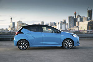 Pictures Toyota Light Blue Metallic Side Yaris ZR Hybrid, AU-spec, 2020 Cars