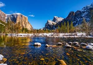 Fotos Vereinigte Staaten Berg Parks Fluss Stein Landschaftsfotografie Yosemite Bäume Kalifornien Schnee