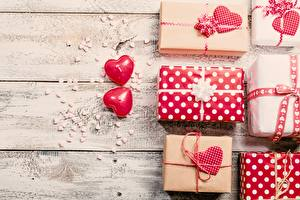 Pictures Valentine's Day Present Boards Heart Nature