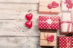 Fotos Valentinstag Geschenke Bretter Herz Natur