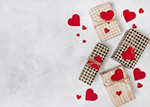 Bilder Valentinstag Herz Geschenke Schachtel Vorlage Grußkarte